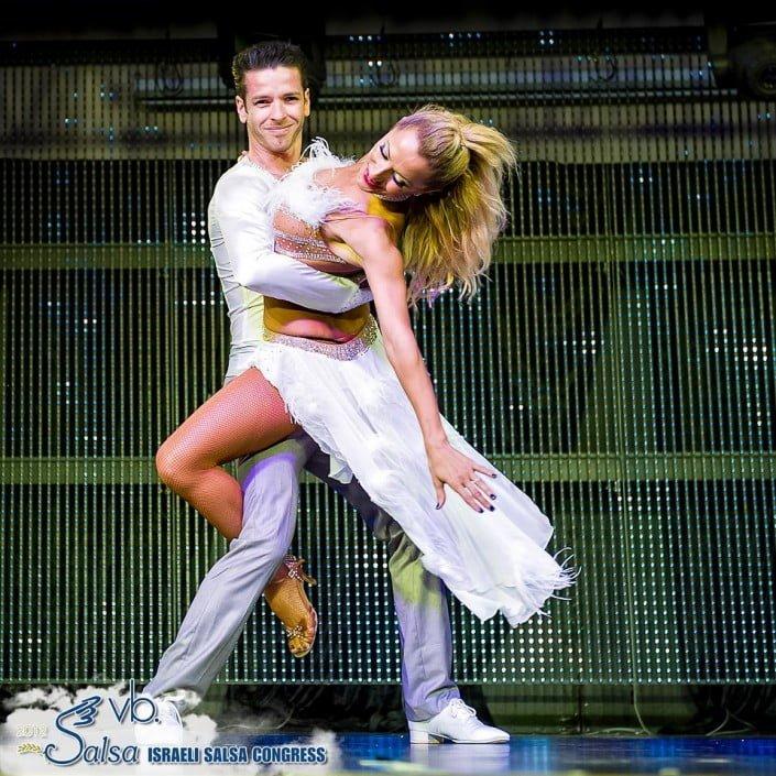 מופע סלסה - ריקודי זוגות - אנהסליה דה-סילבה אנסדאנס