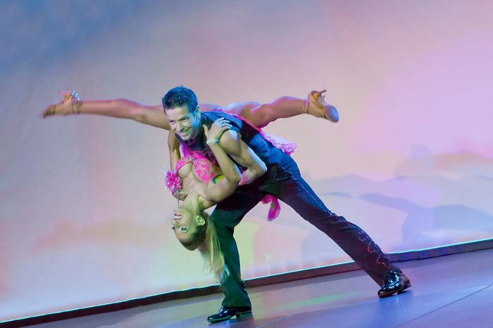 מופע ריקודי זוגות - אנהסליה דה סילבה