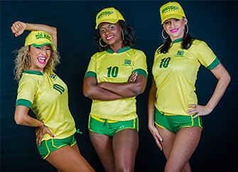 רקדניות ברזילאיות - ריקודי שורות Axe Bahia