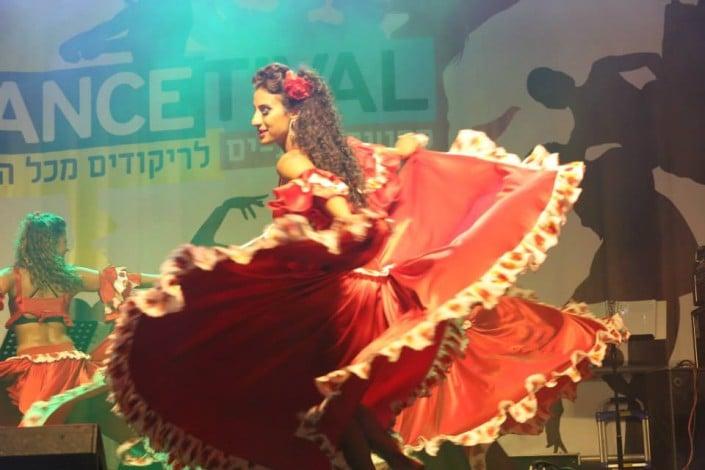 מופע ריקוד ברזילאי - ריקוד הקרימבו מצפון ברזיל