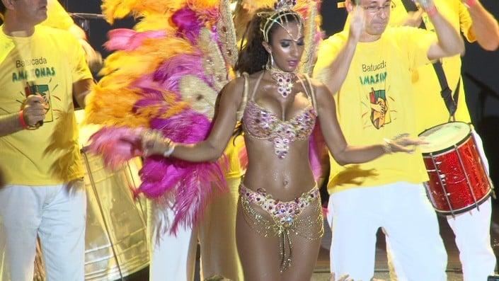 מופע סמבה בטוקדה רקדניות ברזילאיות - להקת אנס דאנס