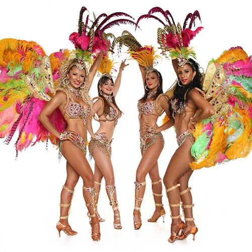 רקדניות ברזילאיות אנסדאנס להקה ברזילאית